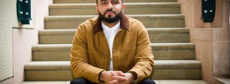 An Interview With Poet Hussain Manawer (@HussainsHouse)