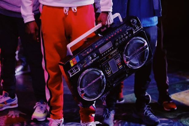 HIP-HOP MUSIC FOR LANGUAGE LEARNING
